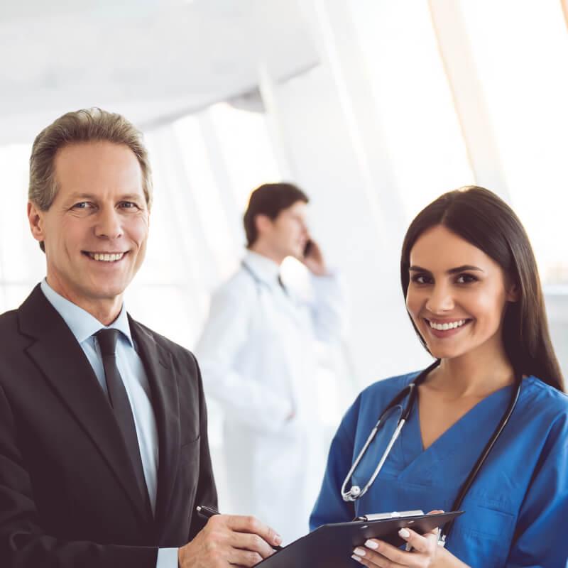 Gestão de clínicas: qual o papel dos administradores e dos médicos?